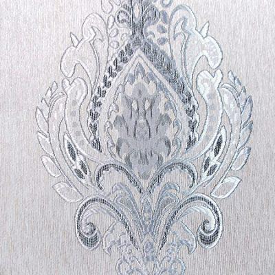 Draperie crem cu model baroc argintiu